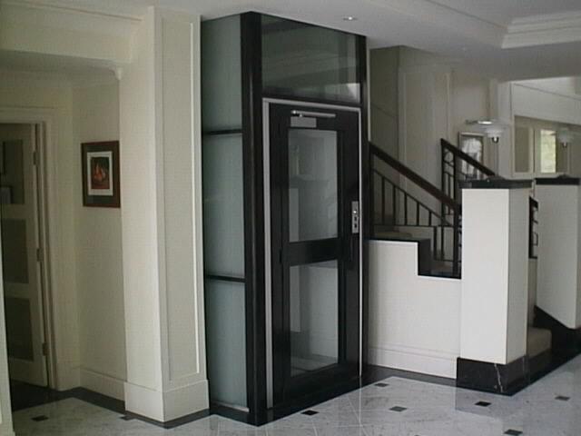 Оформление лифта в коттедже