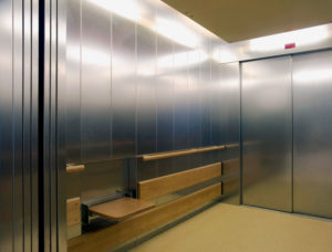лифт для больницы