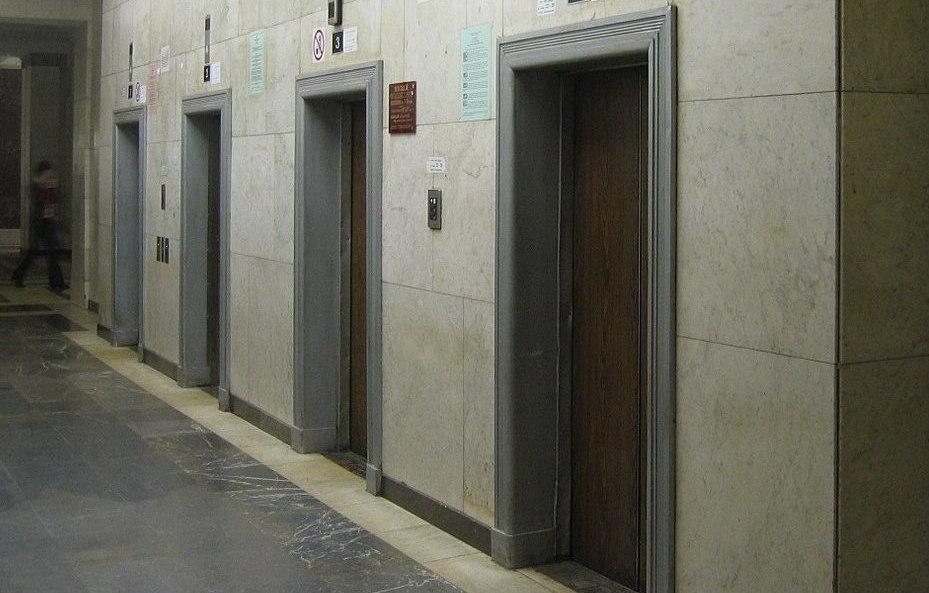 Что входит в устройство безопасности лифта?